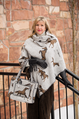 #208HBO - OATMEAL HORSE BRANDS BUTTON COLLAR PONCHO - O/S -- $129.95
